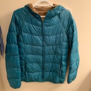 UNIQLO light weight down filled jacket - M
